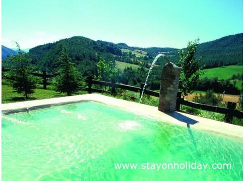 Splendido casale marchigiano con ampia  piscina, Apecchio (PU), Marche
