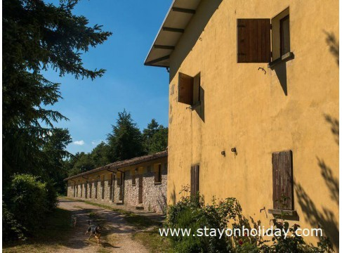 Romantico casale marchigiano con grande piscina, Apecchio (PU), Marche