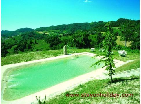 Spazioso e raffinato casale marchigiano con piscina, Apecchio (PU), Marche