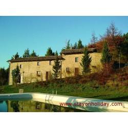 Rilassante casale marchigiano con bellissima piscina, Apecchio (PU), Marche