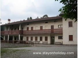 Impareggiabile struttura per gruppi, Faller (BL), Veneto